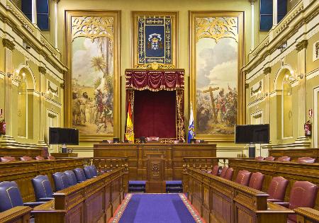 Parlamento Canarias_1